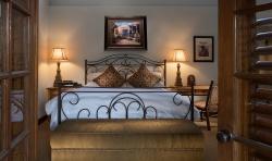 Grande Casita bed